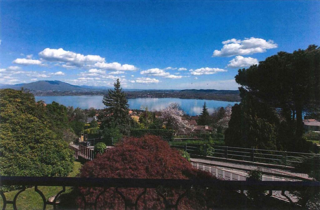 MASSINO VISCONTI - Villa vista lago ...